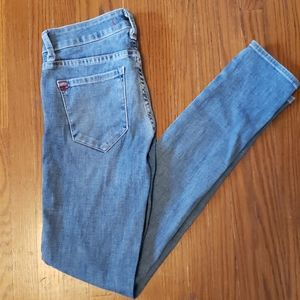 UO BDG Mid-Rise Ankle Cigarette Jean